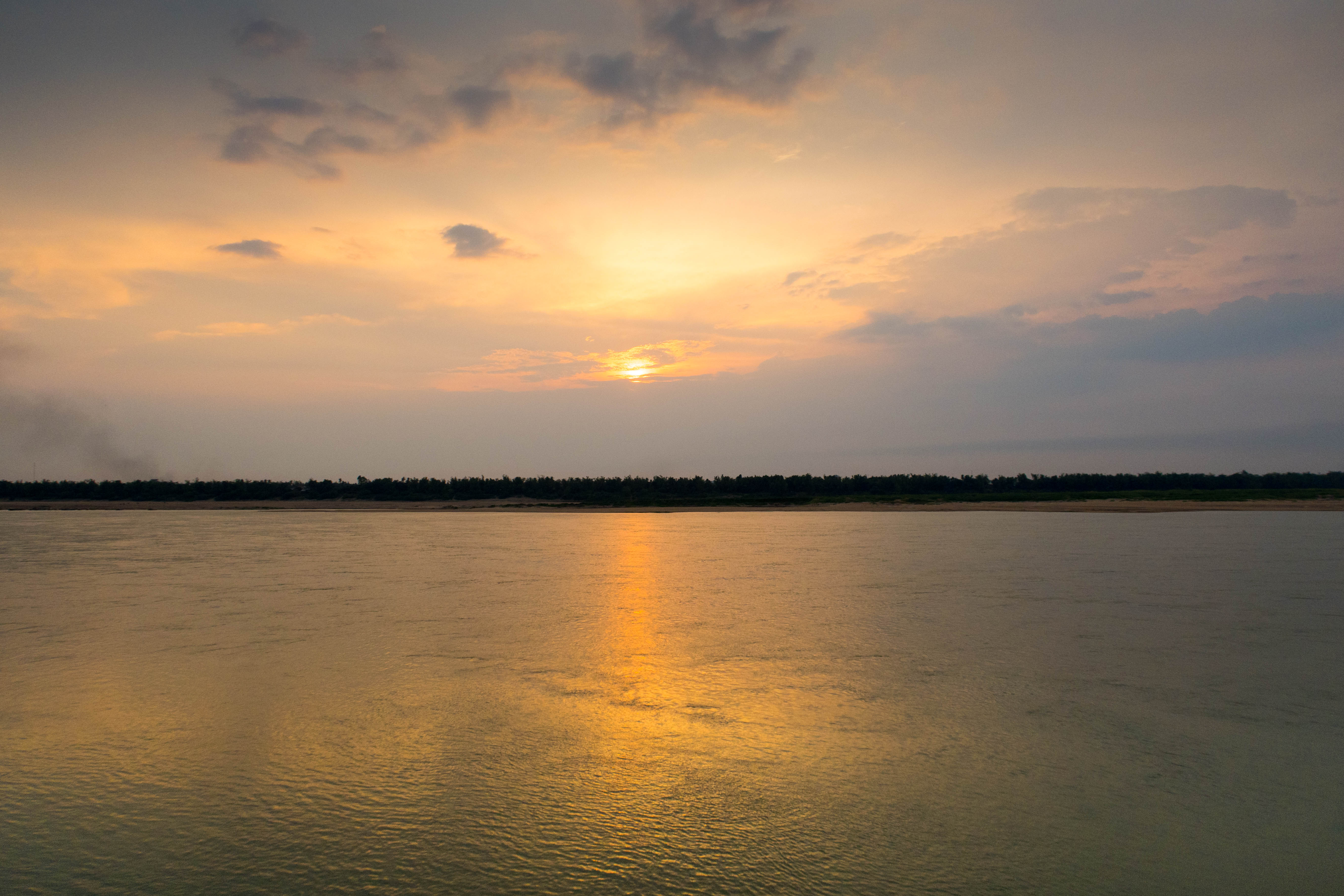 Coucher du soleil - CAMBODGE