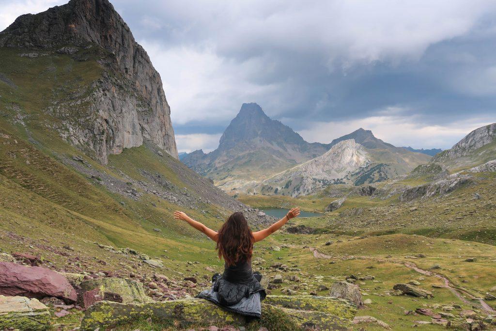 Moi à la montagne 2 1024x683 - ACCUEIL